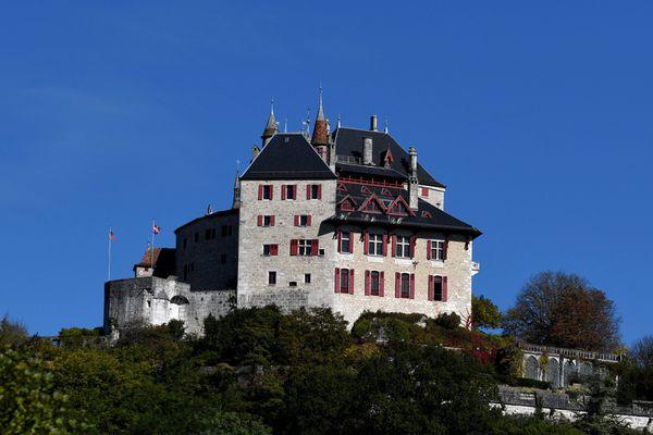 Le château de Menthon-Saint-Bernard (Haute-Savoie) le 12 octobre 2017.